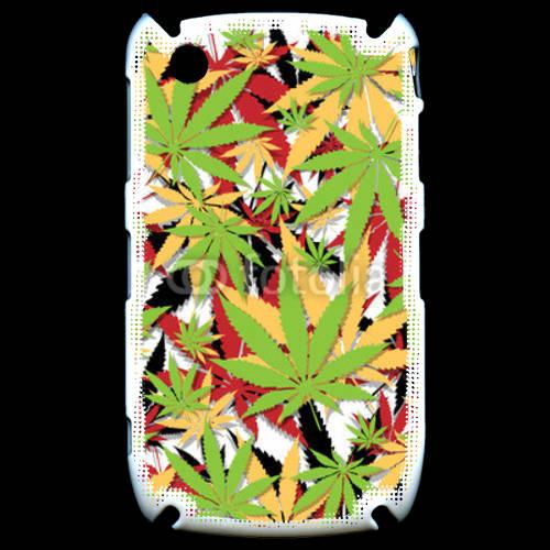 Coque Black Berry 8520 Cannabis 3 couleurs